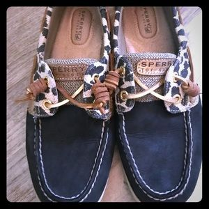 Leopard Sperry boat shoes size 8.5